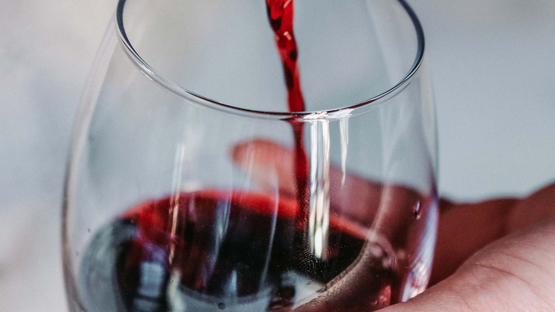 Can I drink red wine on a LCHF diet?