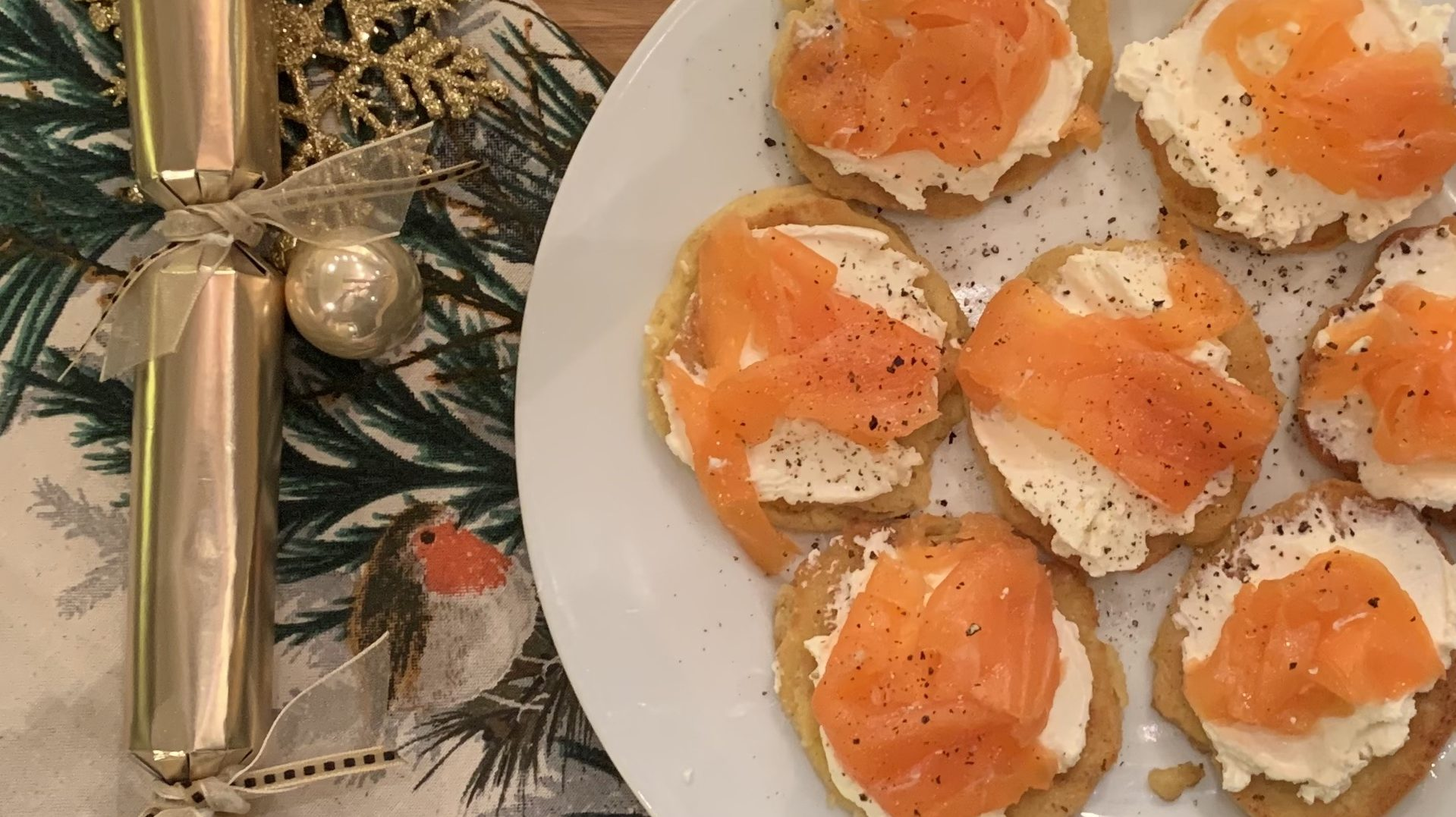 Our 10 Top Tips for a Cracking Keto Christmas!